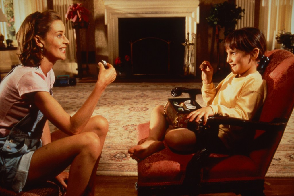 A scene from the 1996 movie Matilda with Embeth Davidtz (left) and  Mara Wilson (right).
