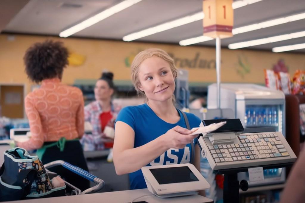 """Kristen Bell in """"Queenpins."""""""