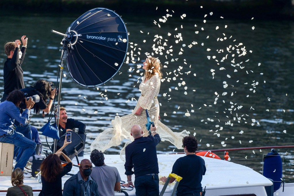 """Julia Roberts on the Lancôme's commercial set on the """"Cachemire"""" barge on the Seine river in Paris."""