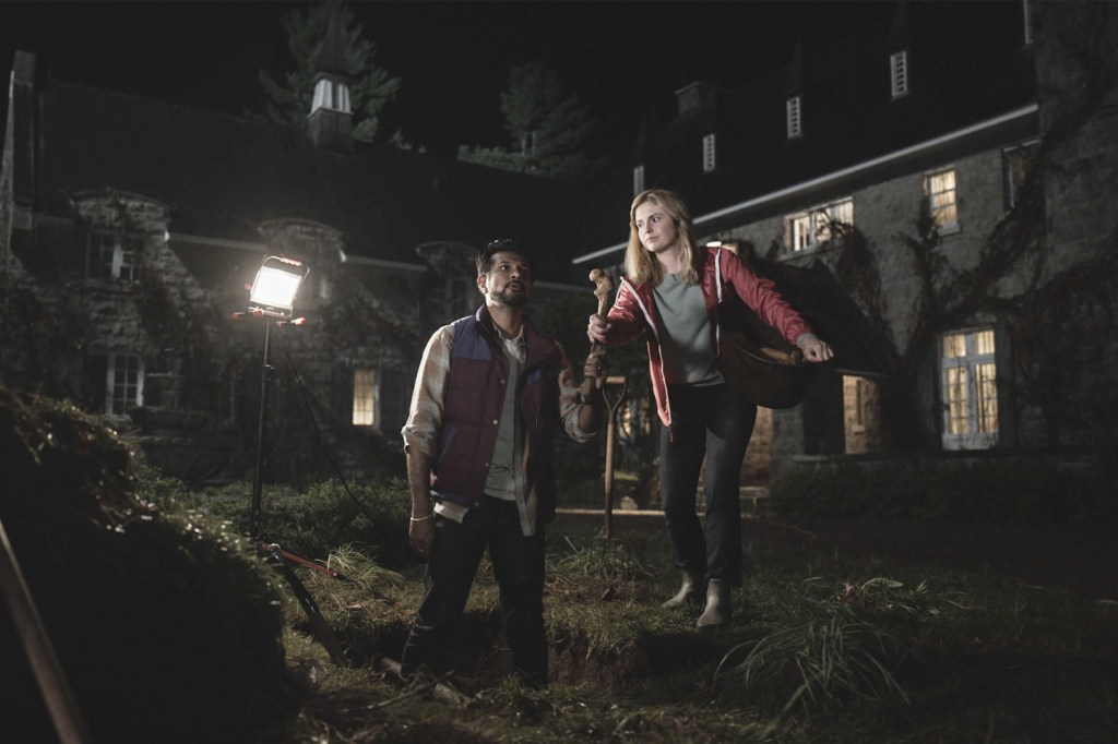 """Utkarsh Ambudkar and Rose McIver as Jay and Samantha in the new CBS sitcom """"Ghosts."""""""