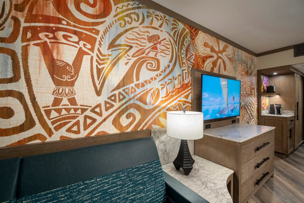 The Polynesian Resort has re-vamped its South Pacific themed rooms into full-on Moana theming, with a tropical, beachy vibe.