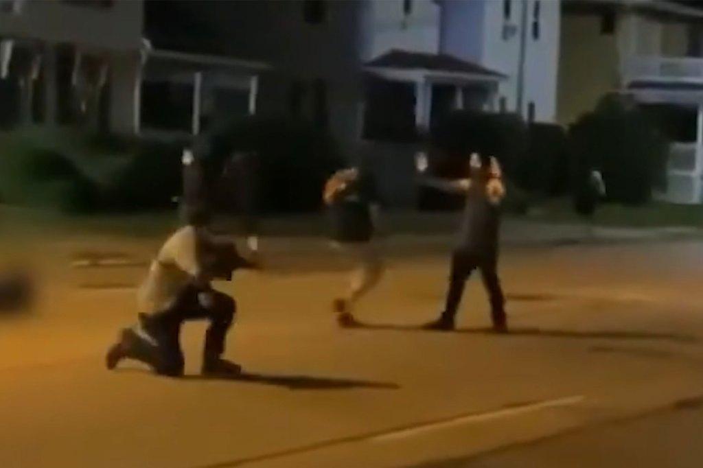 Video shows Kyle Rittenhouse allegedly shooting three protestors in Kenosha, Wisconsin.