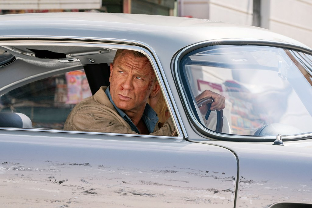 NO TIME TO DIE, Daniel Craig as James Bond