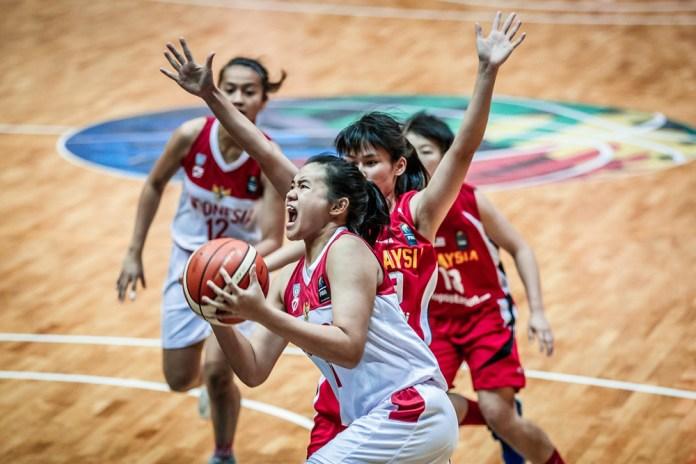 Tim basket putri Indonesia menjadi juara FIBA 3x3 U18 Asia Cup 2017, di Cyberjaya, Malaysia. Foto : Perbasi