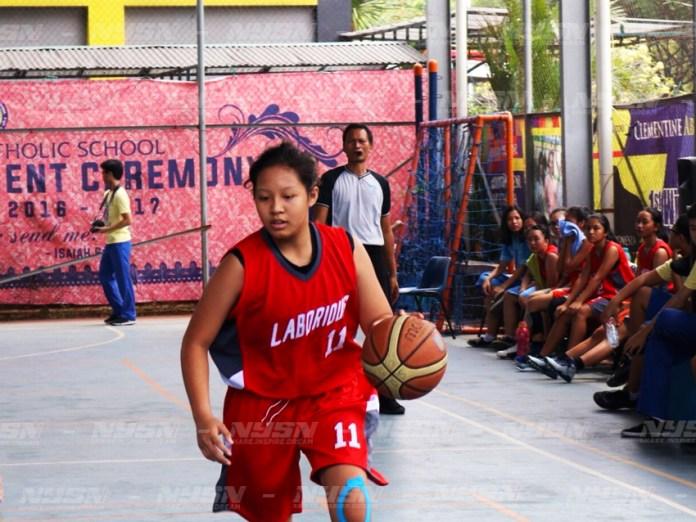 Joan Putri Calista pemain basket putri dari Ora Et Labora, yang akan mengikuti seleksi DBL All Star di Surabaya November mendatang.