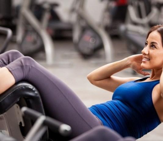 Pemilihan-tepat-pakaian-fitness-untuk-wanita-demi-kenyamanan-dan-kesehatan.-Beautynesia.com_