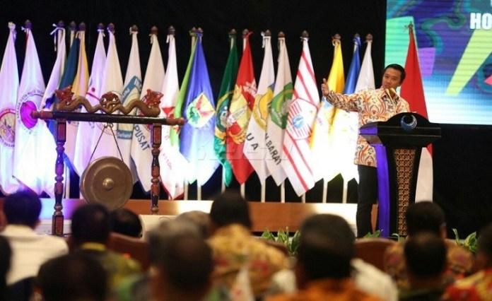 Menpora Imam Nahrawi menyebut PON dua tahun sekali akan memberikan kesempatan seluas-luasnya kepada atlet-atlet Indonesia untuk menunjukkan prestasinya. (Kemenpora)