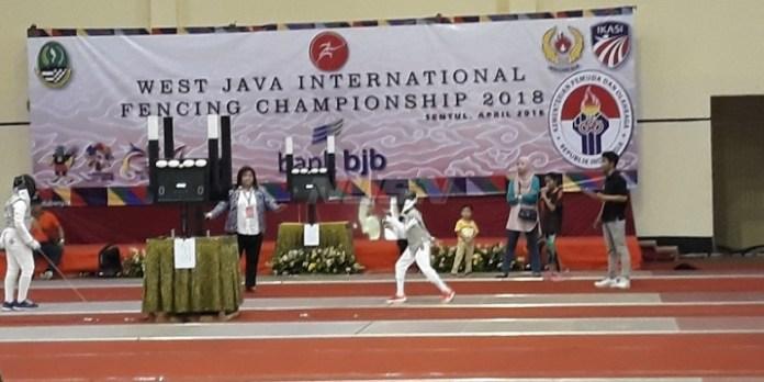 PB Ikasi menggelar Kejuaraan Internasional di Sentul, Bogor, yang bertajuk West Java International Fencing Championship 2018. (bolasport.com)
