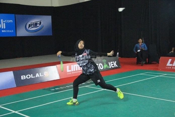 Putri Universitas Islam Indonesia (UII) harus takluk dengan skor 3-0 dari Universitas Negeri Yogyakarta (UNY) yang menyapu bersih semua nomor. (LIMA)