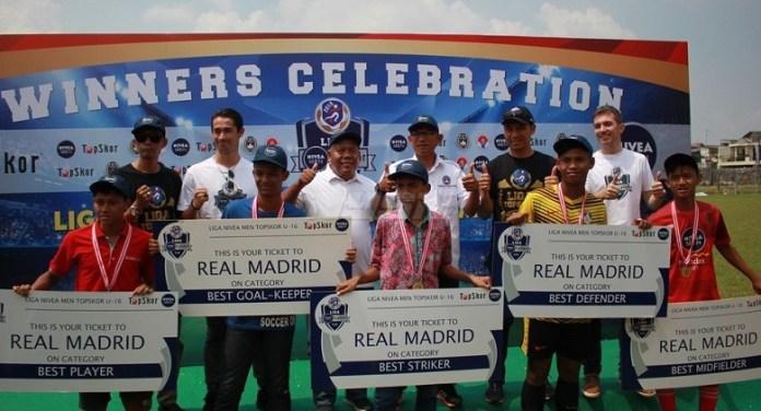 Liga NIVEA MEN Topskor U-16 meyiapkan lima pemain terbaik hasil seleksi untuk berlatih di klub Real Madrid, Spanyol. (istimewa)