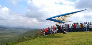 Kemenpora melalui Asisten Deputi Olahraga pada Deputi Pembudayaan Olahraga kembali menggelar Paragliding Trip of Indonesia (TROI) 2018 sebanyak lima seri. (Kemenpora)