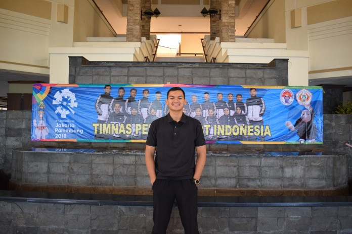 Aji Bangkit Pamungkas salah satunya, remaja berusia 19 tahun ini merupakan salah satu atlet pencak silat yang akan berlaga di Asian Games 2018 mendatang.