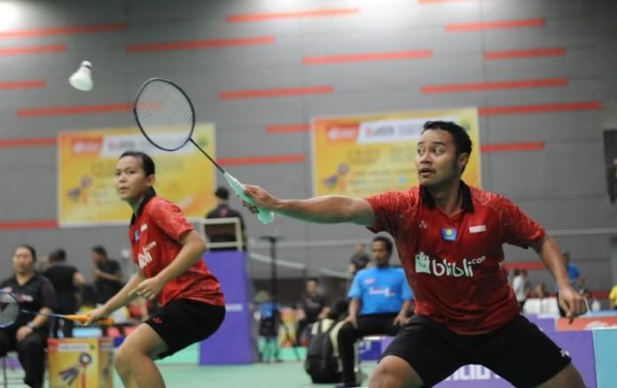 Unggulan pertama ganda campuran event Malaysia International Junior Open 2018 asal Indonesia, Rehan Naufal Kusharjanto/Siti Fadia Silva Ramadhanti, takluk dari seeded 8, Ghifari Anandaffa Prihardika/Lisa Ayu Kusumawati, di babak final. (Pras/NYSN)