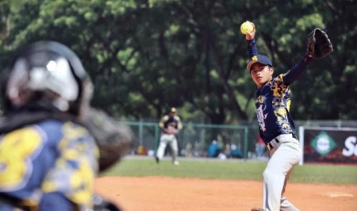 Tim sofbol junior U-18 Sulawesi Tenggara (Sultra) optimis menjadi kampiun, dalam Kejuaraan Nasional (kejurnas) Softball Junior U-18 yang akan digelar di Kota Kendari, mulai 23 - 30 September 2018. (tribunnews.com)