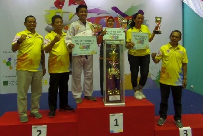 Tim pencak silat Ayu Pusaka Indonesia sukses meraih gelar 'Best of The Best', di ajang Jakarta Pencak Silat Championship (JKTC) ke-10, di Gelanggang Olahraga (GOR) POPKI Cibubur, Jakarta Timur, pada 20-21 Oktober 2018. (Adt/NYSN)
