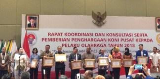 Komite Olahraga Nasional Indonesia (KONI) Pusat memberikan penghargaan kepada pengurus cabang olahraga (cabor), dan atlet yang berprestasi di ajang pesta multievent Asian Games XVIII/2018, pada 18 Agustus - 2 September lalu. (antaranews.com)