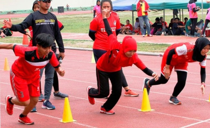 Sebanyak 729 atlet dari 34 cabang olahraga, yang tergabung dalam Program Pembinaan Olahraga Berkelanjutan (POB) DKI Jakarta, telah menjalani test performa sejak 16 hingga 22 Oktober 2018 di Rawamangun, Jakarta Timur. (indopos.co.id)