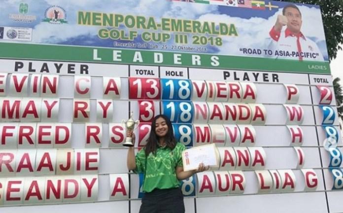 Atlet golf amatir putri Indonesia, Viera Permata Rosada menjuarai Piala Menpora-Emeralda 2018, di lapangan Emeralda Golf Club di Tapos, Depok, Sabtu (27/10). OCha, sapaannya meraih gelar juara turnamen Piala Menpora-Emeralda tahun ketiga itu, usai mengoleksi total 214 pukulan atau dua di bawah par, dalam tiga hari perlombaan pada 25-27 Oktober. (instagram)