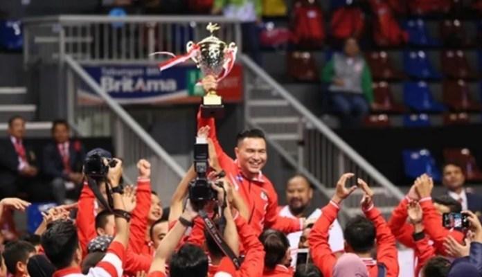 Tim Indonesia mampu menjadi juara umum pada Kejuaraan Karate Shitoryu Asia Pasifik (APSKF) ke-15. Mereka menjadi yang terbaik usai mengoleksi 17 medali emas, 12 perak, dan 15 perunggu atau total 44 medali pada pertandingan selama dua hari, Jumat-Sabtu (23-24/11). (sindonews.com)