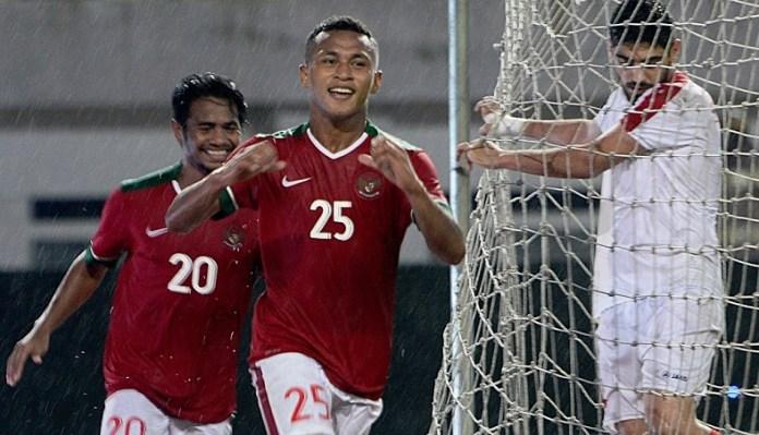 Osvaldo Haay (25) masuk seleksi Timnas U-22. Ia masyhur sebagai winger berkecepatan tinggi. Namun pemuda 20 tahun asal Jayapura ini pernah menghuni pos striker murni bersama timnya, Persebaya Surabaya, di Liga 1 2018. Ia pun pemain multifungsi. Empat pos sanggup dimainkannya, yakni bek kiri, gelandang, sayap, dan penyerang. (medcom.id)