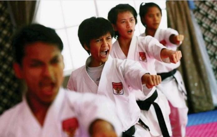 Indonesia baru meloloskan 3 Cabor ke ANOC World Beach Games 2019. Ketiga cabor itu yakni, basket 3 on 3, karate, dan skateboard. ANOC World Beach Games 2019 akan berlangsung pada Oktober nanti di San Diego, California, AS. (kompas.com)