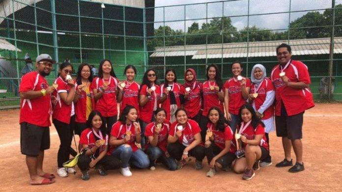 Tim softball putri Garuda Jakarta berhasil menjadi juara, pada kejuaraan Indonesia Little League (ILL) 2019, yang berlangsung dari 30 Januari hingga 1 Februari 2019 di lapangan Lodaya, Bandung. (Tribunnews.com)