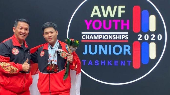 Muhammad Faathir berhasil memecahkan rekor dunia di cabang angkat besi pada Kejuaraan Remaja dan Junior Asia 2020. (Foto: Google)