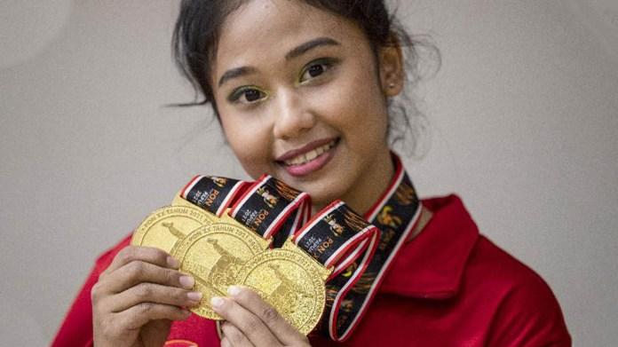 Berkat Kerja Keras dan Dukungan Sang Ibu, Rifda Borong Empat Medali Emas