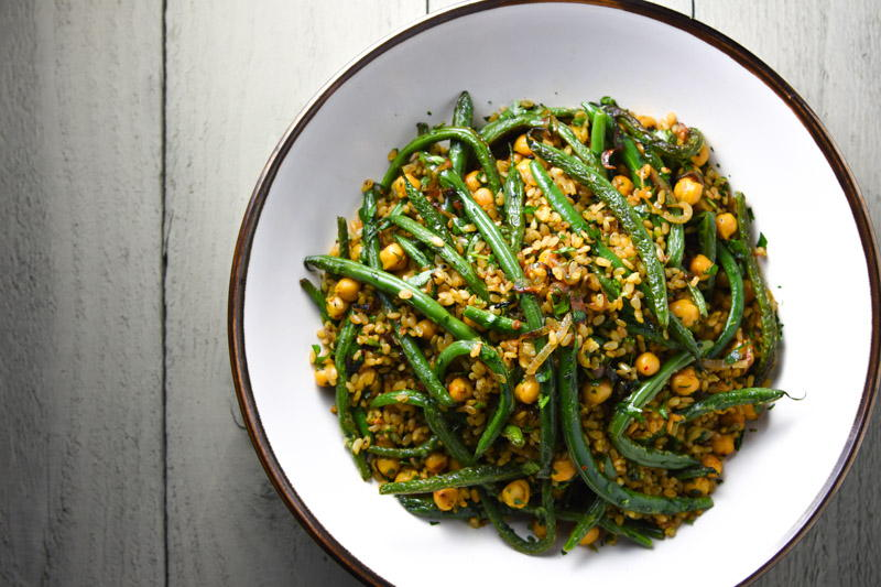 fried rice with chickpeas, green beans and herbs | www.nyssaskitchen.com