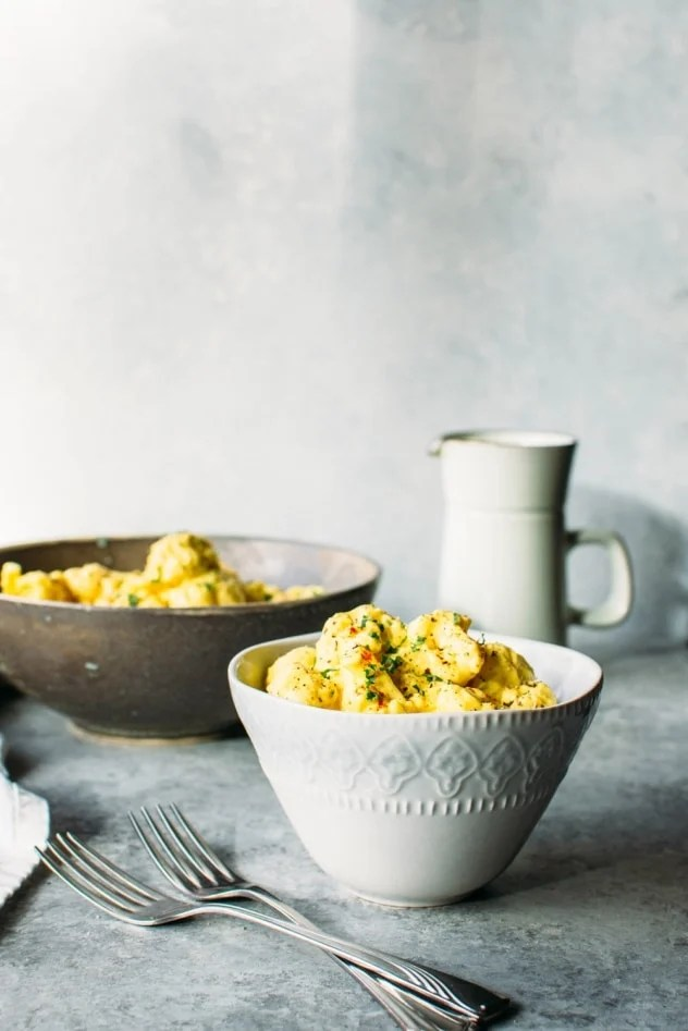 Easy dairy free cauliflower mac and cheese is the healthiest and most delicious way to satisfy your comfort food cravings without any regrets!