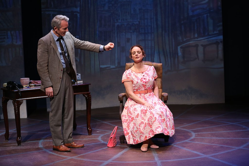 Stephen Bogardus and Melissa Errico in On a Clear Day You Can See Forever. Photo: Carol Rosegg