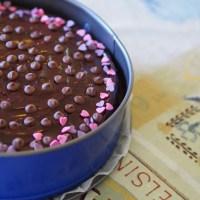 Seitsemän sortin kahvipöytä: Suklaa-mascarponekakku