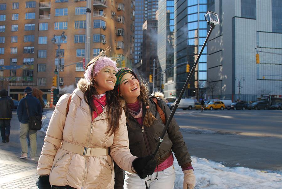 Najla Ximenes and Anna Cintia Ximenes