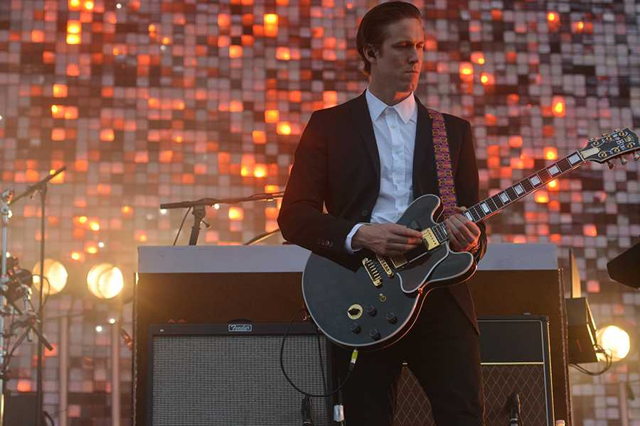 Robert Ackroyd, guitarist for Florence and the Machine, Governors Ball 2015.