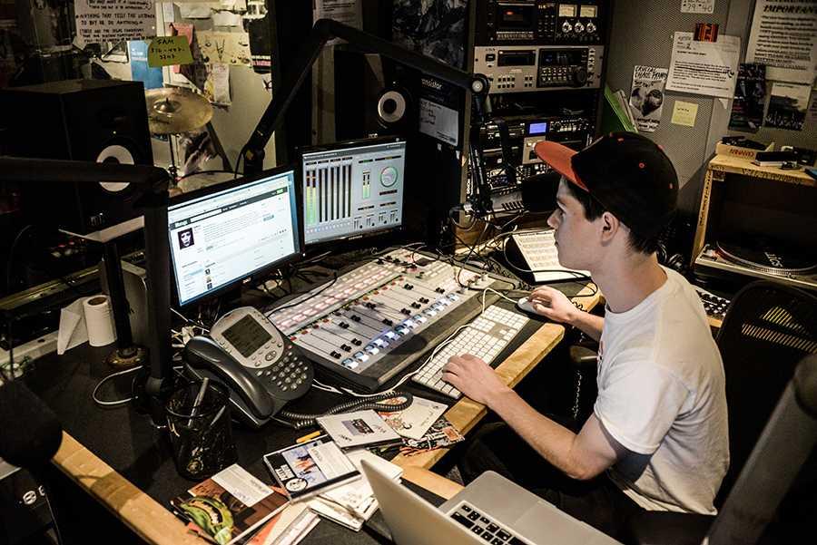 Evan Newhansen of WNYU running the station.