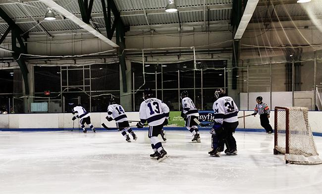 The NYU hockey team kicked off the defense of their 2015 National Championship with some strong offensive play early on and solid defense throughout.