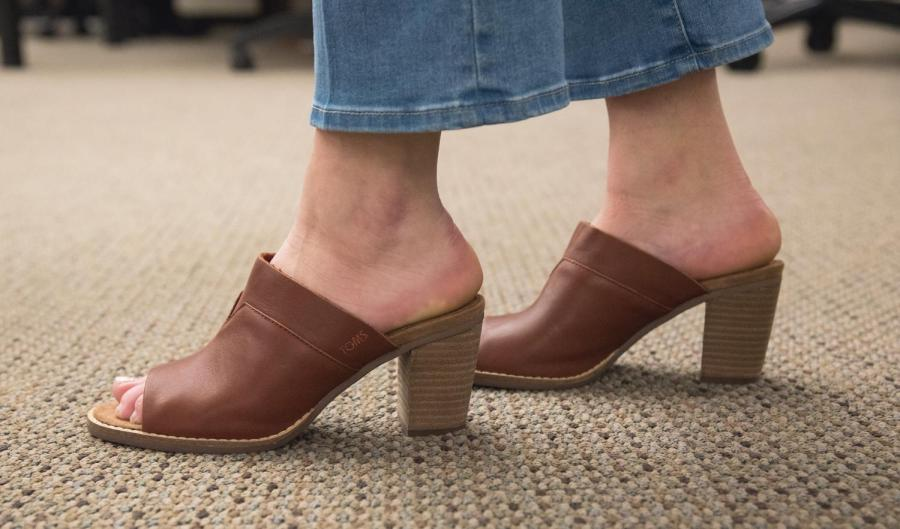 70s shoe trends are back and better than ever with a large variety of fashionable, trendy options.