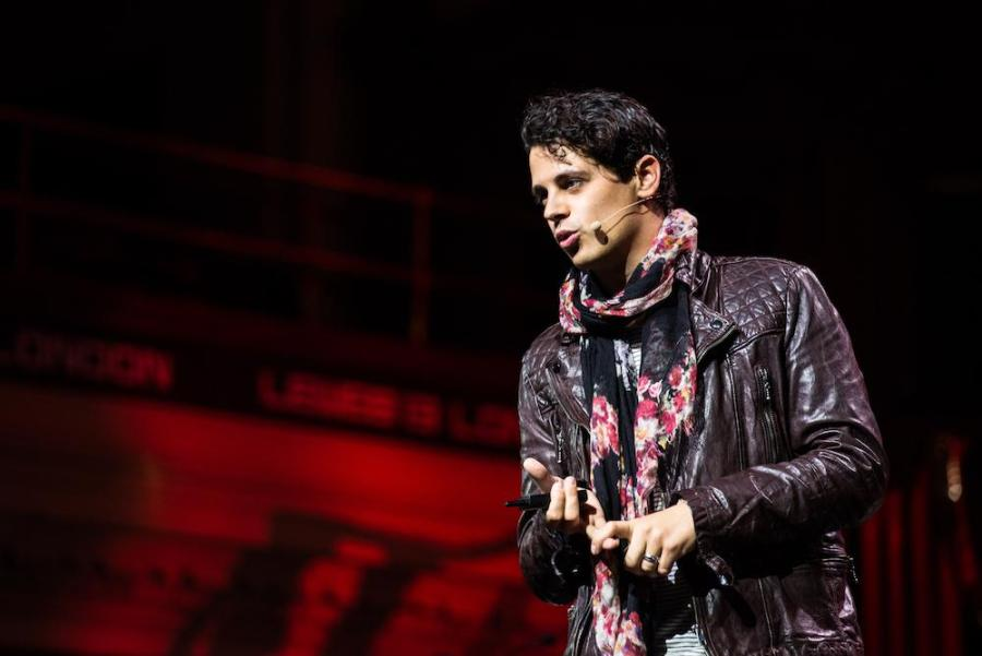 Milo+Yiannopoulos+has+sparked+controversy+as+one+of+the+online+leaders+of+the+alt-right+movement.+Yiannopoulos%2C+who+had+his+scheduled+talk+at+NYU+canceled%2C+is+currently+touring+college+campuses+across+the+country.