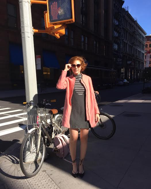 Camille Larkins attempted to dress like Carrie Bradshaw for a week. For the first day, she chose a business-casual dress inspired by an outfit in season 5 of 'Sex and the City.'