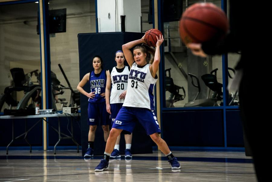 The women's basketball team during a practice in Feb. 2018. (Photo by Sam Klein)