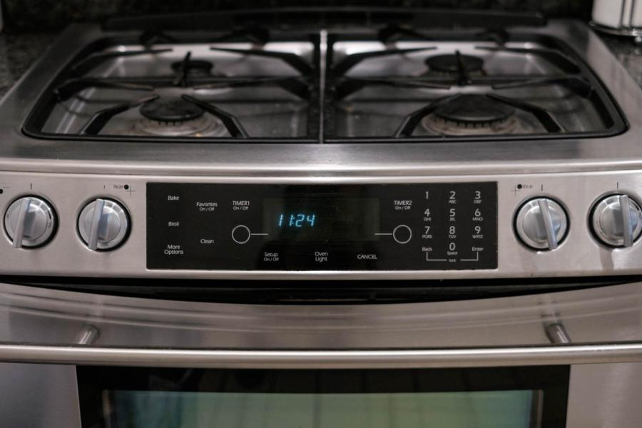A stovetop in Gramercy Hall.