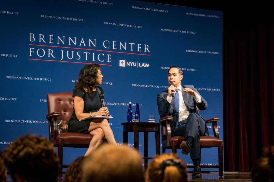 Former HUD Secretary Julián Castro discusses issues in current US administration and the state of American opportunity with NPR Latino USA Anchor Maria Hinojosa in a Brennan Center public conversation on Tuesday. (Photo by Tony Wu)