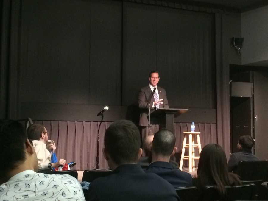 Former Pennsylvania Republican Senator Rick Santorum speaks at NYU about civil liberties on Thursday night. (Photo by Sarah Jackson)