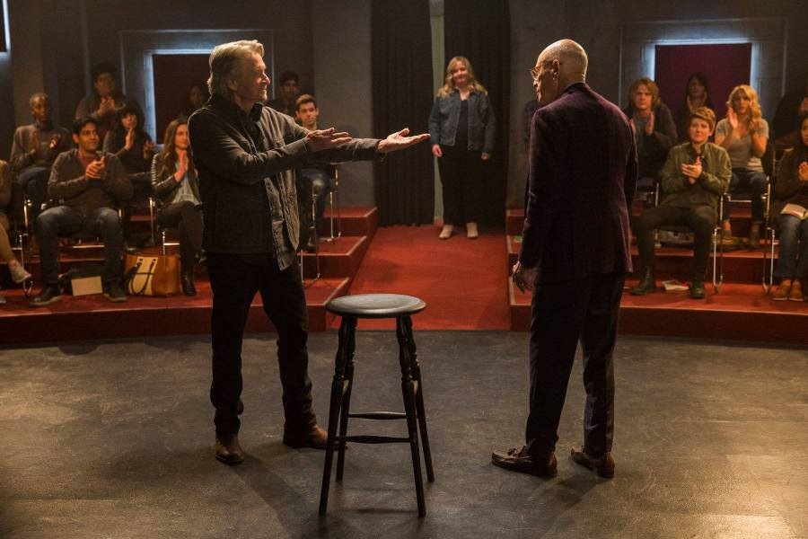 Michael Douglas and Alan Arkin as long-time best friends in The Kominsky Method, which finds humor in aging. (via facebook.com)