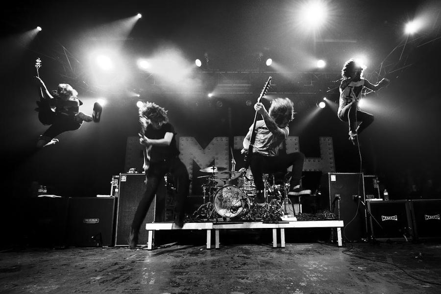 Bring+Me+The+Horizon+performing+at+Arena%2C+Vienna.+%28Courtesy+of+MCK-photography%29