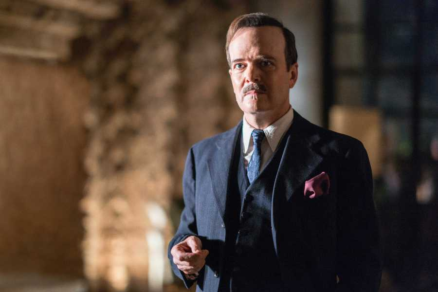 """Jefferson Mays as Dr. George Hodel in """"I Am The Night."""" (Photo by Clay Enos, Courtesy of TNT)"""