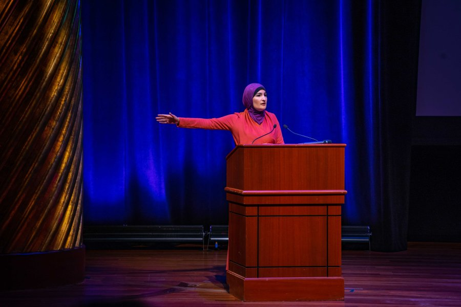 Activist Linda Sarsour, known for co-chairing the 2017 Women's March, speaks about intersectionality in social justice movements for NYU's Skirball Talks series. (Alana Beyer)