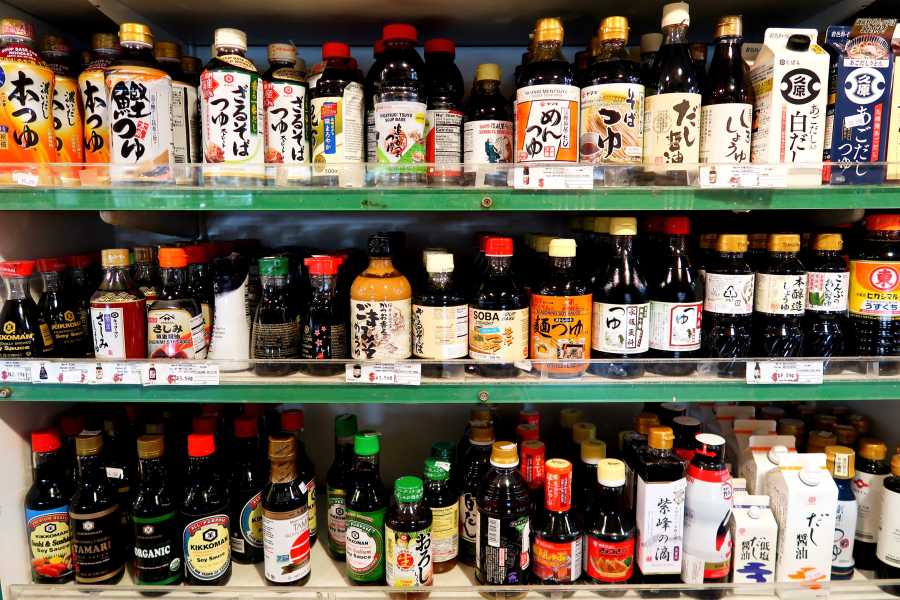 Japanese+supermarket+Sunrise+Mart+boasts+a+variety+of+soy+sauces+that+are+not+found+in+typical+American+supermarkets.%0A%28Staff+photo+by+Chelsea+Li%29