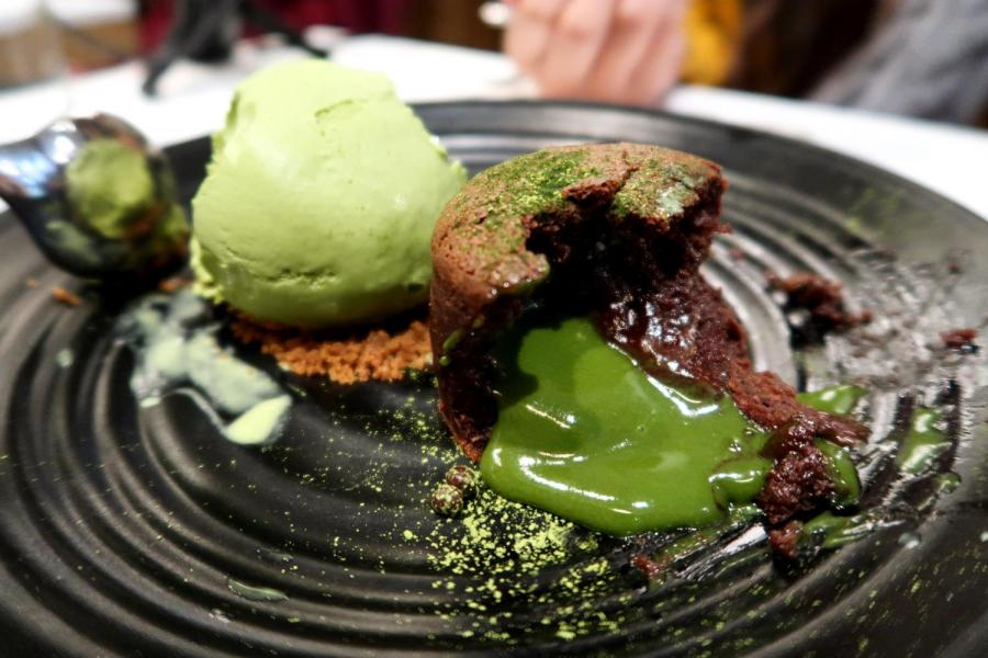Spot Dessert's matcha lava cake is made of a chocolate sponge filled with warm matcha ganache. This popular dessert shop is just one of six must-try places for the next time you're looking for a laid-back night out. (Staff Photo by Chelsea Li)