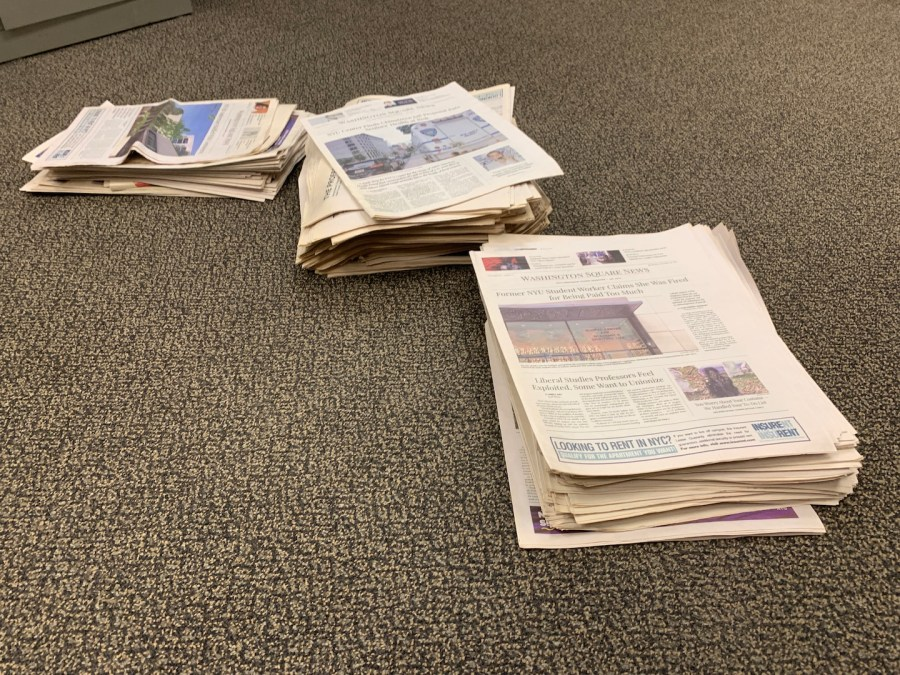 NYU is partnering with the Wall Street Journal and the New York Times to bring free subscriptions to students. They should work to extend free subscriptions to local news outlets as well. (Staff Photo by Jake Capriotti)